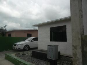 Casa En Venta En Municipio Los Guayos, Buenaventura, Venezuela, VE RAH: 16-12935