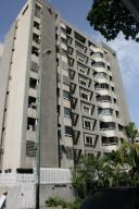 Apartamento En Venta En Caracas, San Bernardino, Venezuela, VE RAH: 16-13050