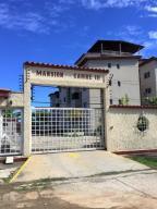 Apartamento En Venta En Higuerote, La Costanera, Venezuela, VE RAH: 16-13052