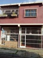 Casa En Venta En Municipio Naguanagua, Las Quintas, Venezuela, VE RAH: 16-13055