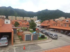 Townhouse En Venta En Valencia, Piedra Pintada, Venezuela, VE RAH: 16-13068
