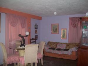Apartamento En Venta En Ciudad Bolivar, Vista Hermosa, Venezuela, VE RAH: 16-13079