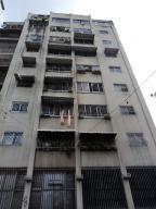 Apartamento En Venta En Caracas, Parroquia Santa Rosalia, Venezuela, VE RAH: 16-13089