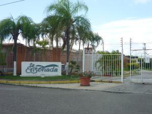 Casa En Venta En San Joaquin, La Ensenada Ii, Venezuela, VE RAH: 16-13198