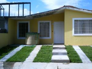 Casa En Venta En Acarigua, Bosques De Camorucos, Venezuela, VE RAH: 16-13378