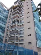 Apartamento En Venta En Caracas, Altamira Sur, Venezuela, VE RAH: 16-13115