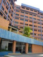 Apartamento En Venta En Lecheria, Las Palmeras, Venezuela, VE RAH: 16-13130