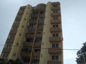 Apartamento En Venta En Valencia, Agua Blanca, Venezuela, VE RAH: 16-13215