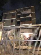 Apartamento En Venta En Caracas, Las Mercedes, Venezuela, VE RAH: 16-13159