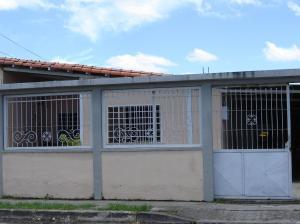 Casa En Venta En Araure, Araure, Venezuela, VE RAH: 16-13188