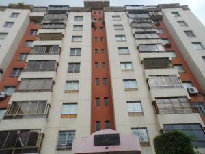 Apartamento En Venta En Valencia, Prebo I, Venezuela, VE RAH: 16-13199