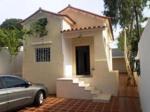Casa En Venta En Maracaibo, Santa Maria, Venezuela, VE RAH: 16-13206