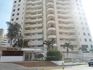 Apartamento En Venta En Parroquia Caraballeda, La Llanada, Venezuela, VE RAH: 16-13204