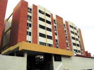 Apartamento En Venta En Municipio Naguanagua, Tazajal, Venezuela, VE RAH: 16-13234