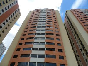 Apartamento En Venta En Municipio Naguanagua, Palma Real, Venezuela, VE RAH: 16-13226