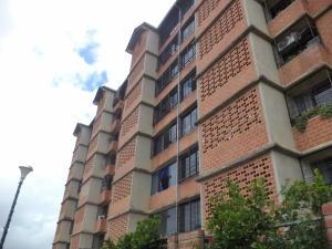 Apartamento En Ventaen Caracas, Terrazas De Guaicoco, Venezuela, VE RAH: 16-13232