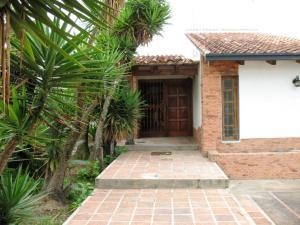 Casa En Venta En Caracas, Lomas De La Lagunita, Venezuela, VE RAH: 16-13283
