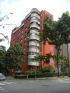 Apartamento En Venta En Caracas, El Rosal, Venezuela, VE RAH: 16-13264