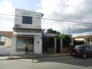 Casa En Venta En Guacara, Ciudad Alianza, Venezuela, VE RAH: 16-13268