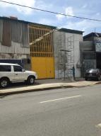 Local Comercial En Venta En Caracas, Altamira, Venezuela, VE RAH: 16-13509