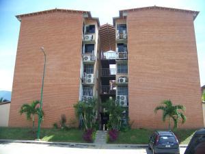 Apartamento En Venta En Guatire, Sector San Pedro, Venezuela, VE RAH: 16-13313