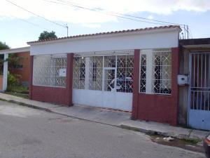 Casa En Venta En Cabudare, Parroquia Agua Viva, Venezuela, VE RAH: 16-13335