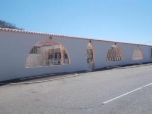 Casa En Venta En Punto Fijo, Punto Fijo, Venezuela, VE RAH: 16-13229
