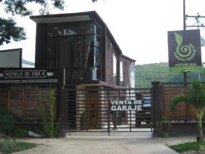 Casa En Venta En Municipio San Diego, Bosqueserino, Venezuela, VE RAH: 16-12590