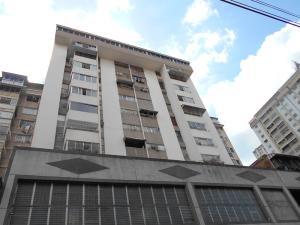 Apartamento En Venta En Caracas, Parroquia La Candelaria, Venezuela, VE RAH: 16-13372