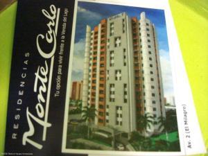 Apartamento En Venta En Maracaibo, Avenida El Milagro, Venezuela, VE RAH: 16-13374
