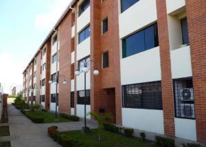 Apartamento En Alquiler En Maturin, Tipuro, Venezuela, VE RAH: 16-13445