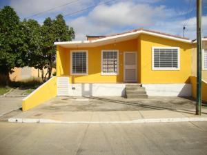 Casa En Venta En Barquisimeto, Parroquia Tamaca, Venezuela, VE RAH: 16-7853