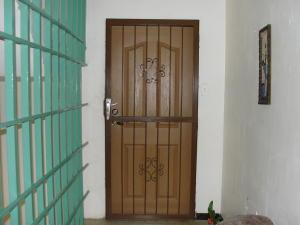 Apartamento En Venta En Punto Fijo, Punto Fijo, Venezuela, VE RAH: 16-13385