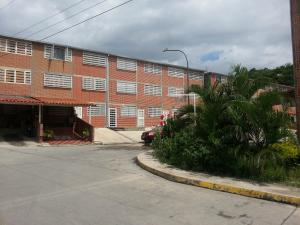 Townhouse En Venta En Guatire, Bonaventure Country, Venezuela, VE RAH: 16-13426