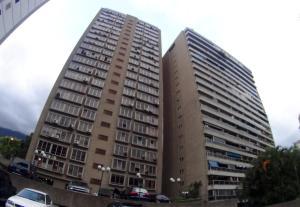 Apartamento En Venta En Caracas, Sebucan, Venezuela, VE RAH: 16-13417