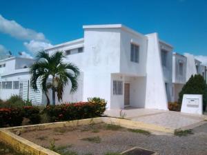 Casa En Venta En Puerto Piritu, Puerto Piritu, Venezuela, VE RAH: 16-13422
