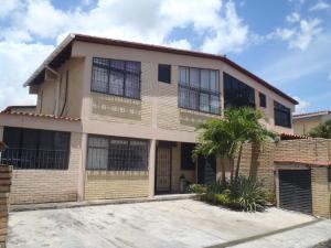 Casa En Venta En Guatire, El Castillejo, Venezuela, VE RAH: 16-13432