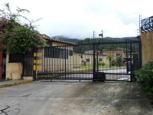 Casa En Venta En Municipio Naguanagua, El Naranjal, Venezuela, VE RAH: 16-13457