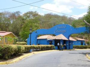 Apartamento En Venta En Guarenas, Ciudad Casarapa, Venezuela, VE RAH: 16-13487