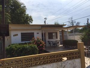 Casa En Venta En Maracaibo, San Miguel, Venezuela, VE RAH: 16-13523
