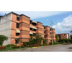 Apartamento En Ventaen Guarenas, Nueva Casarapa, Venezuela, VE RAH: 16-13525