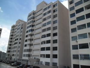 Apartamento En Venta En Caracas, Municipio Baruta, Venezuela, VE RAH: 16-13537