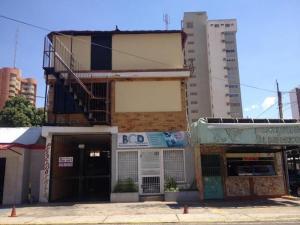 Casa En Venta En Maracaibo, Valle Frio, Venezuela, VE RAH: 16-12806