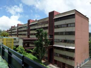 Apartamento En Venta En San Antonio De Los Altos, Las Minas, Venezuela, VE RAH: 16-13564