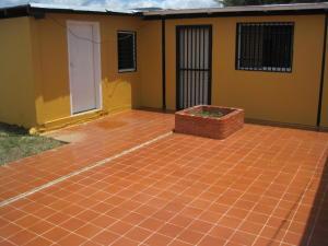 Casa En Venta En Cabudare, Parroquia Agua Viva, Venezuela, VE RAH: 16-13580