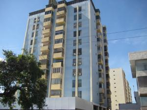 Apartamento En Venta En Barquisimeto, Parroquia Juan De Villegas, Venezuela, VE RAH: 16-13581