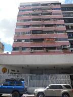 Local Comercial En Venta En Caracas, Centro, Venezuela, VE RAH: 16-13589
