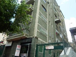 Apartamento En Venta En Caracas, Sabana Grande, Venezuela, VE RAH: 16-13691
