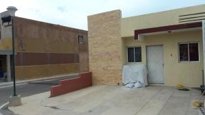 Casa En Venta En Maracaibo, Cañada Honda, Venezuela, VE RAH: 16-13618