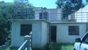 Casa En Venta En Caracas, Caicaguana, Venezuela, VE RAH: 16-13625